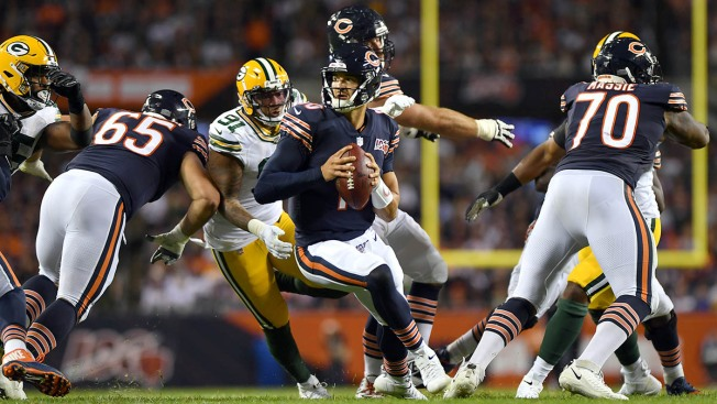 Bears Fall to Packers As Offense Sputters Badly