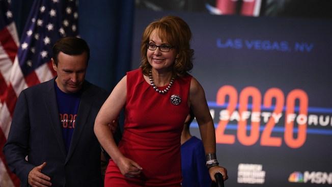 2020 Democrats Put Focus on Guns Amid Impeachment Fever