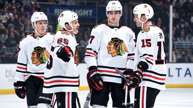 Blackhawks Score Late Equalizer, But Fall in OT to Kings