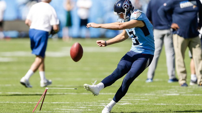 Cody Parkey 'Doinks' Again as Titans Beat Chargers