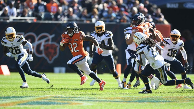 Bears Fall to Chargers for 3rd Straight Loss
