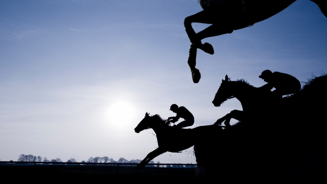 Jockeys Urge Higher Weight Restrictions to Live Healthier