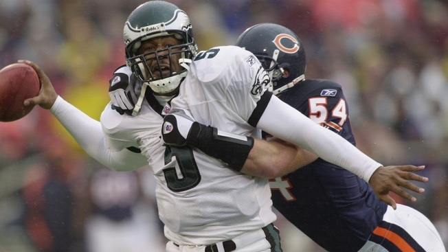 Bears, Eagles Set to Renew Playoff Rivalry at Soldier Field
