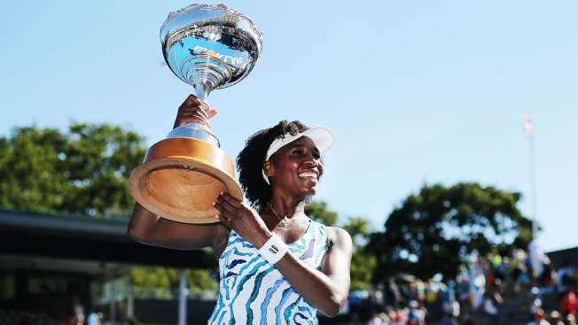 Venus Williams Achieves Her 'Dream': A College Diploma