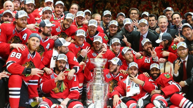 Blackhawks Still Betting Favorites to Win 2016 Stanley Cup