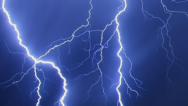 Successive Lightning Stikes in Belgium Erase Google's Customer Data