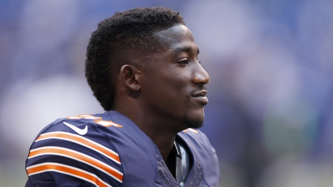 Antrel Rolle Blames Halas Hall Turf for Knee Injury