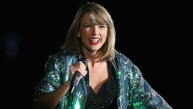 Taylor Swift to Release Concert Tour Exclusively on Apple Music