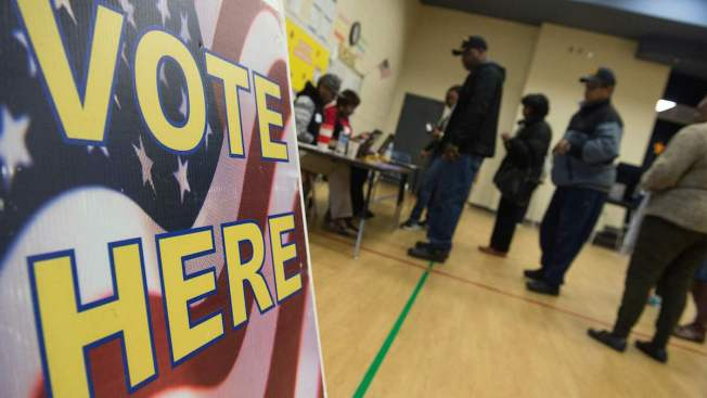 In-Person Early Voting Begins Monday in Chicago, Suburban Counties