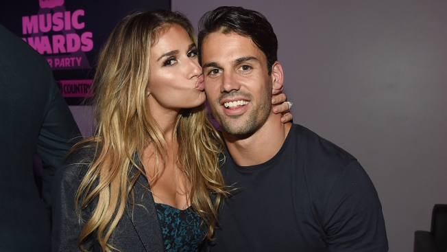Jessie James Decker Is Pregnant, Expecting Baby No. 3 With Eric Decker