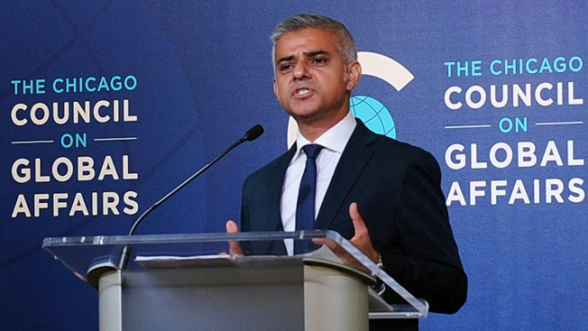 London Mayor Criticizes Donald Trump During Chicago Visit