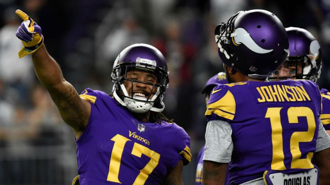 522594e6 Vikings Players Tweet After Plane Slides Off Runway, Becomes Stuck ...