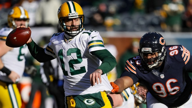 Aaron Rodgers Brings Record Streak Into Soldier Field Sunday