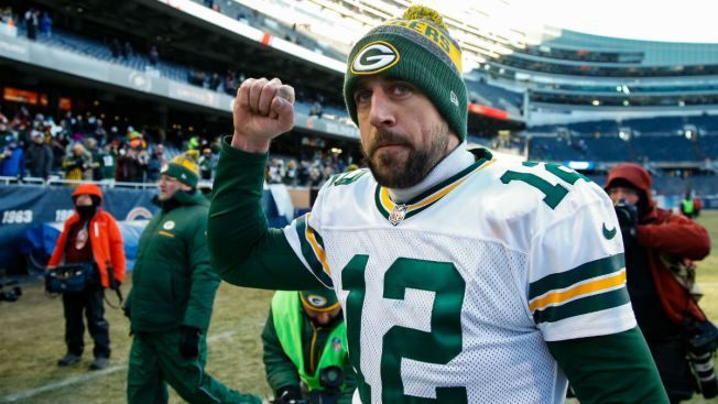 Chicago Bears Troll Aaron Rodgers With Deleted Tweet