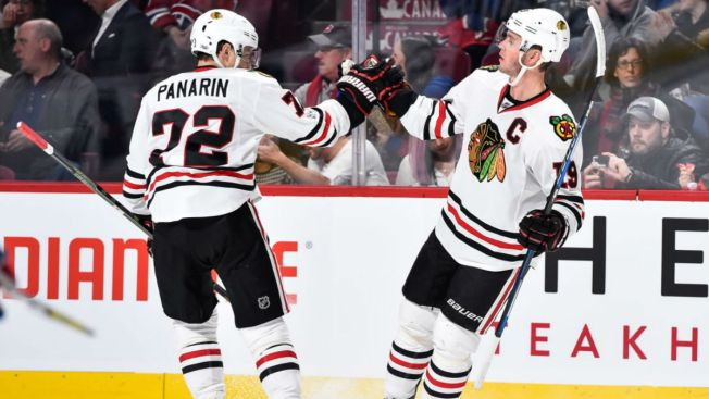 Patrick Kane Leads Blackhawks Past Penguins