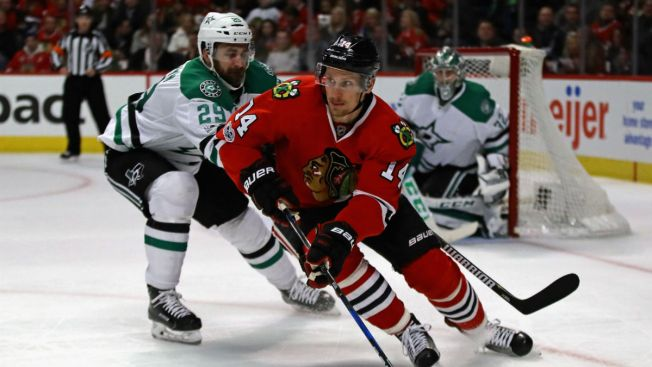 Panik, Blackhawks reach 2-year extension