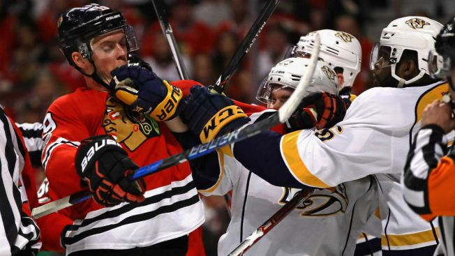 Blackhawks Lose Game 1 to Predators