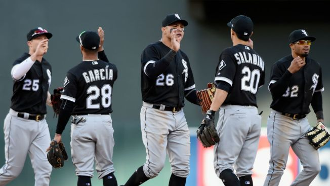 White Sox, Gonzalez stop Yanks' win streak