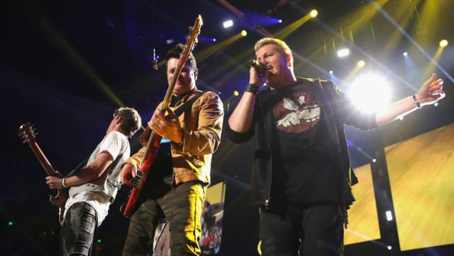 Rascal Flatts Surprise Bride And Groom At Wedding Reception Nbc