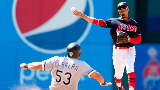 Abreu, Sox bounce back from loss