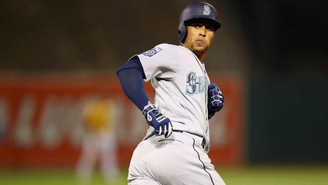 Cubs Acquire Leonys Martin From Mariners