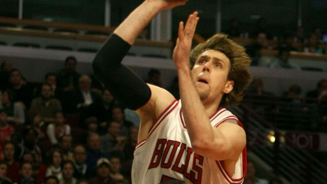 Former Bulls Forward Andres Nocioni Retires From Basketball