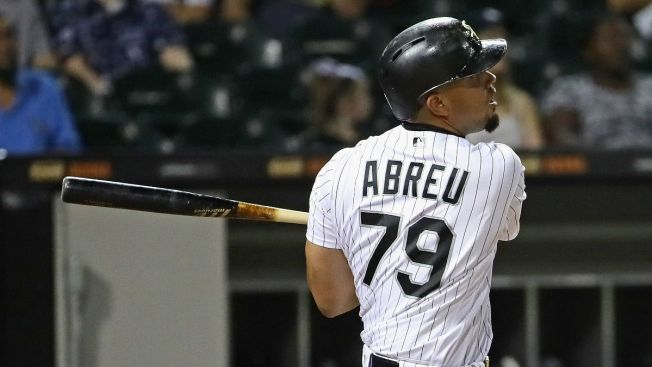 White Sox, 1B Abreu avoid arbitration with $13M deal