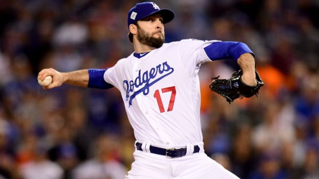 Cubs reach 2-year deal with Dodger reliever Morrow