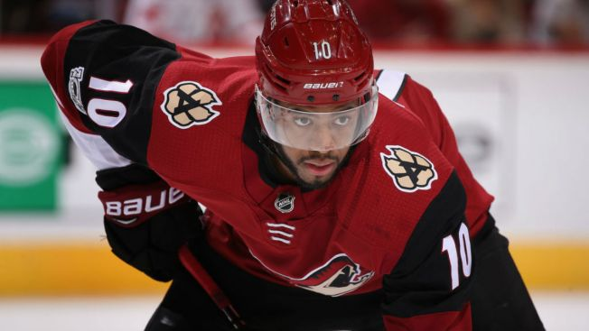 Blackhawks acquire Duclair from Coyotes