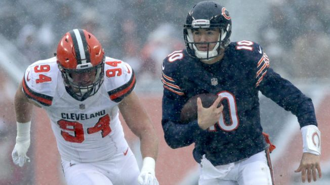 Mitchell Trubisky Sets Bears Rookie Passing Record in Win