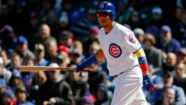Willson Contreras Told to Stop Wearing Signature Arm Sleeve: Report