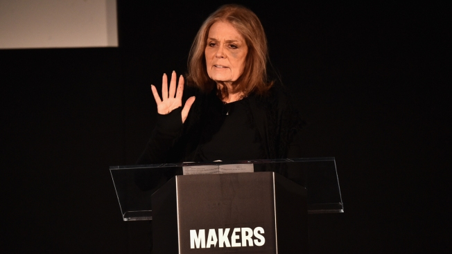 Steinem Apologizes for 'Misinterpreted' Comment About Young Female Sanders Supporters