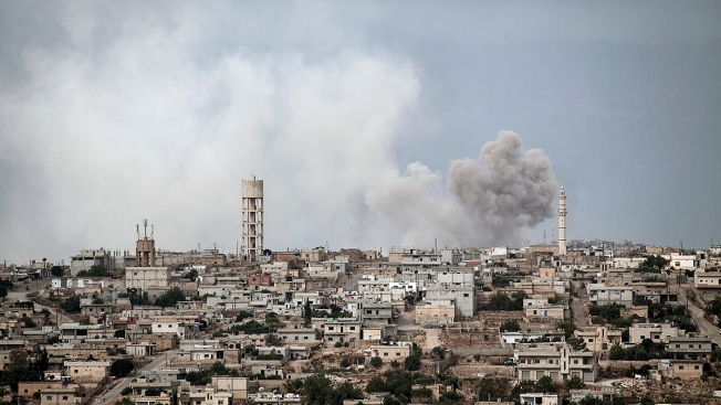 Russian and Syrian Airstrikes Target Areas Near Rebel-Held Idlib