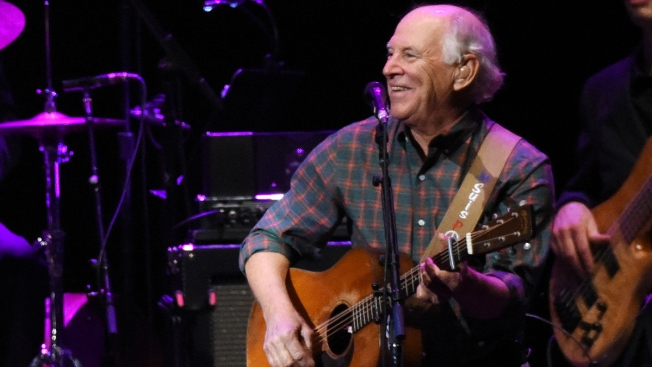 Jimmy Buffett Returning to Wrigley Field for First Time in 12 Years