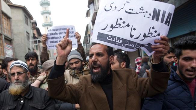 India-Pakistan Fighting Kills 6 Civilians, 2 Pakistan Troops