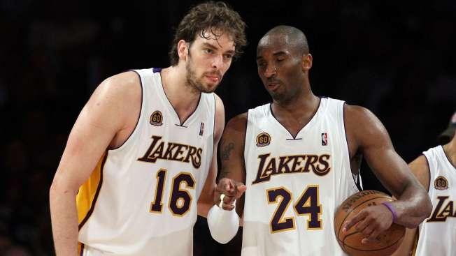 Kobe, Gasol Hablan Espanol on Court