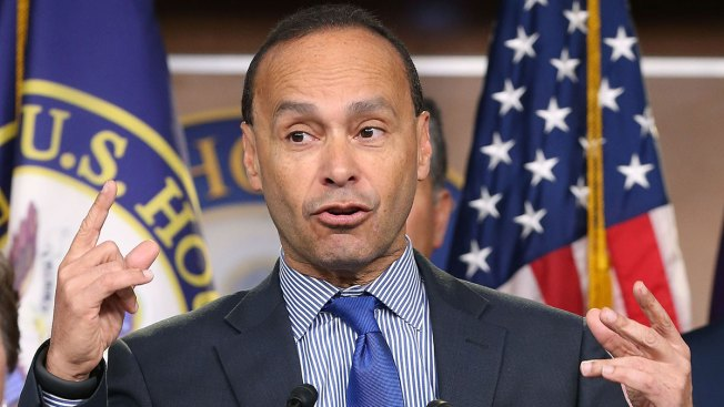 Illinois Rep. Gutierrez Asks NBC to Dump Trump From 'SNL' Spot