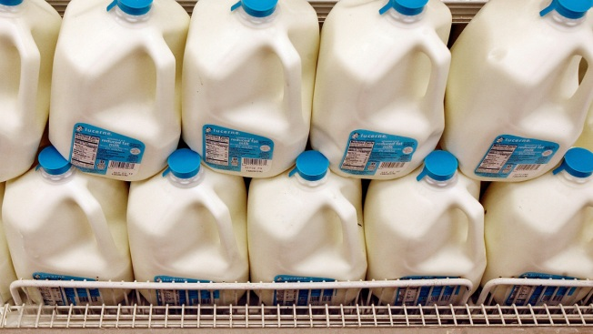 "Milk Prices Could Soar to $8 a Gallon as U.S. Nears ""Dairy Cliff"""
