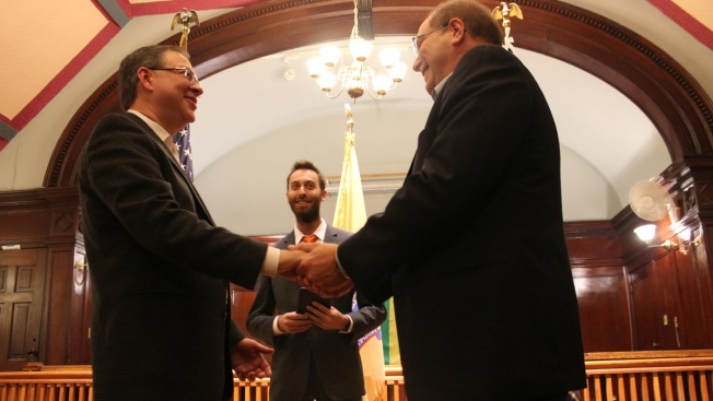 Couple Fulfills an Old Vow as Gay Marriages Begin in New Jersey