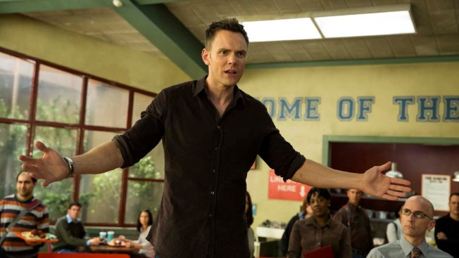 "Joel McHale Talks ""Community's"" Big Comeback"