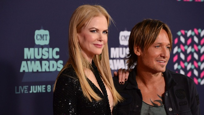 Keith Urban Pays Tribute to Nicole Kidman and Their 2 Kids at Concert on 10th Anniversary