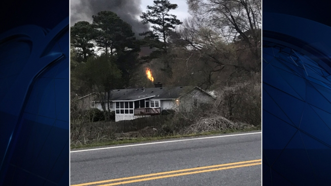 Officials: Small Plane Crashes Into Home in Atlanta Suburb, Pilot Dead