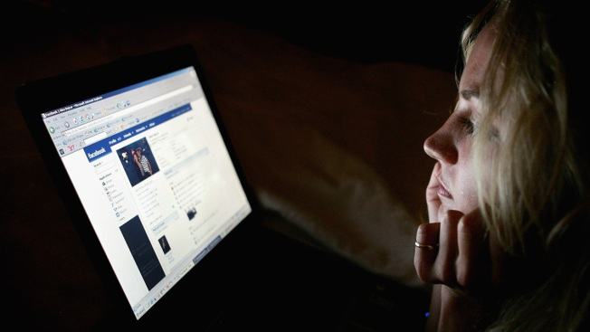 Is There a Link Between Rising Teen Suicide, Social Media?