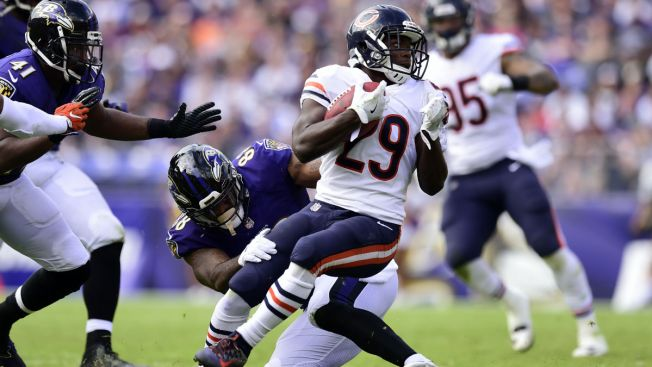 Tarik Cohen Makes NFL History With Touchdown Pass vs. Ravens