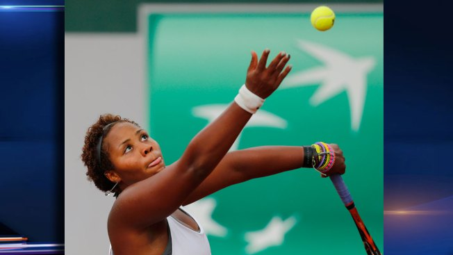 Englewood's Townsend Falls in Third Round of French Open