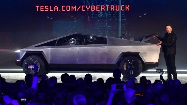 Elon Musk Touts 146,000 Orders for Tesla's Electric Pickup Truck