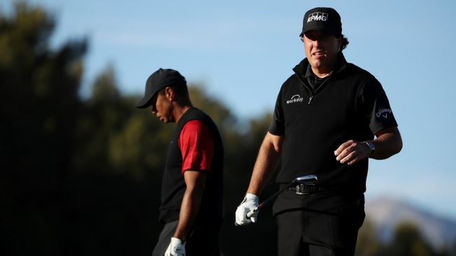 After 4 Playoff Holes, Phil Tops Tiger in $9 Million Match