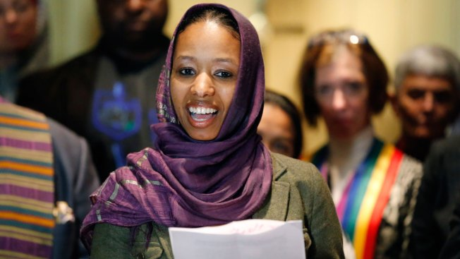 Hijab-Wearing Professor Who Left Wheaton College Heads to UVA