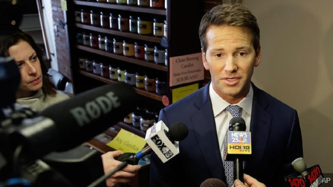 House Records Show Schock Reimbursed US $122,590