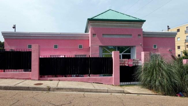 Judge Temporarily Blocks New Mississippi 15-Week Abortion Ban